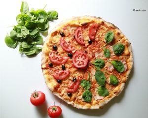 pizza-1626181_640